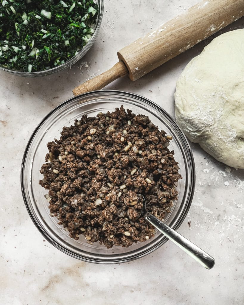 Meat and spinach filling